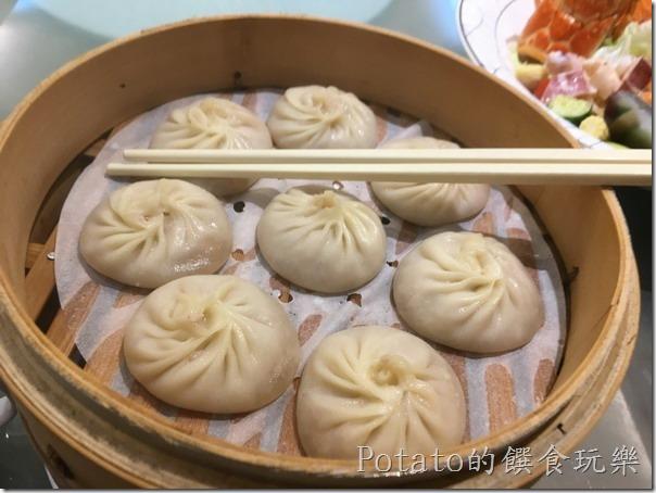 闔家歡餐館的上海湯包