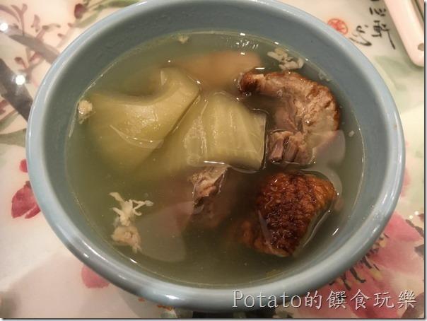 北京烤鴨一鴨兩吃-酸菜鴨湯
