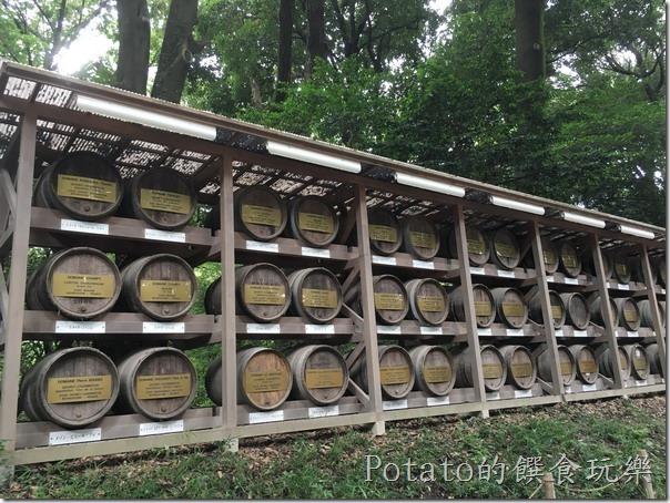 明治神宮內的葡萄酒牆