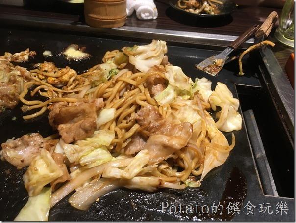 橫濱廣島燒-高麗菜炒麵