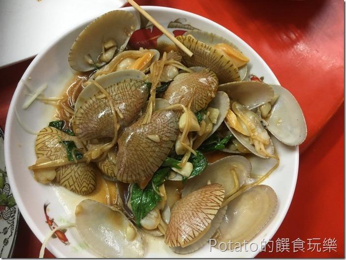 台南竹仔店海鮮燒烤炒海瓜子