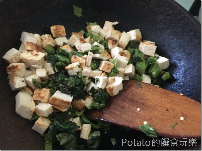 雪裡紅炒百頁豆腐1