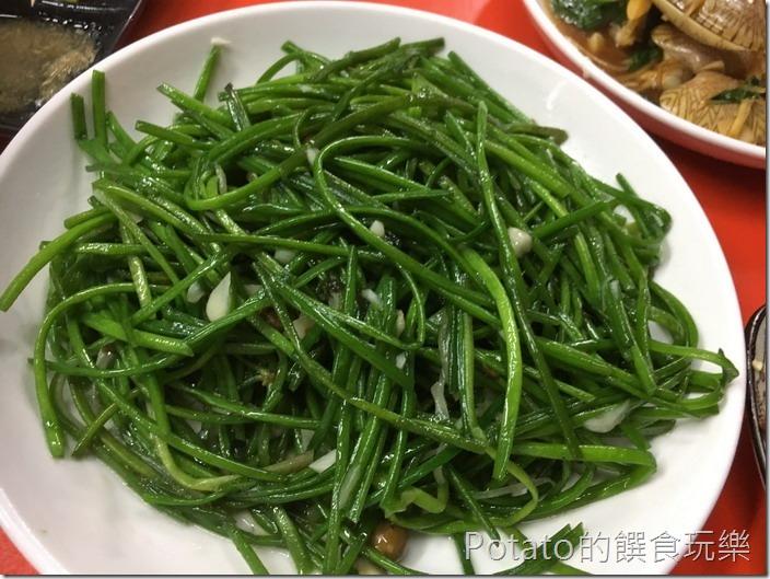 台南竹仔店海鮮燒烤炒水蓮