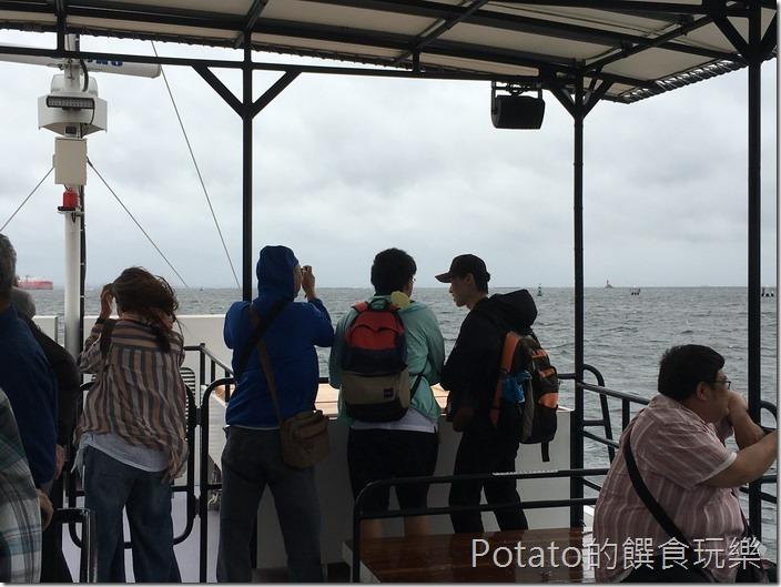 橫須賀軍港-觀光船上的父子