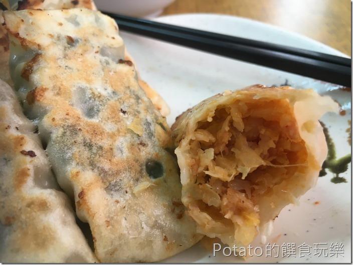 明仁鍋貼-泡菜鍋貼1