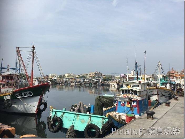 蚵仔寮漁港風景3