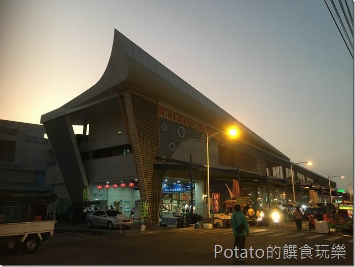 蚵仔寮漁港魚市場5