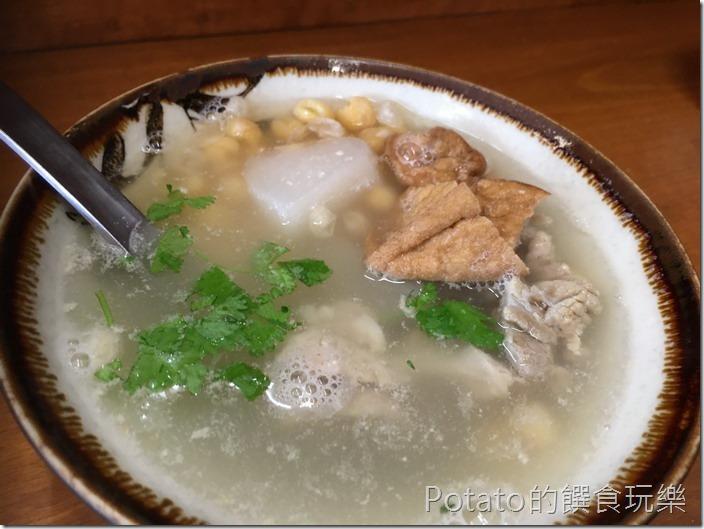 台南【小西腳碗粿】豆仔湯1