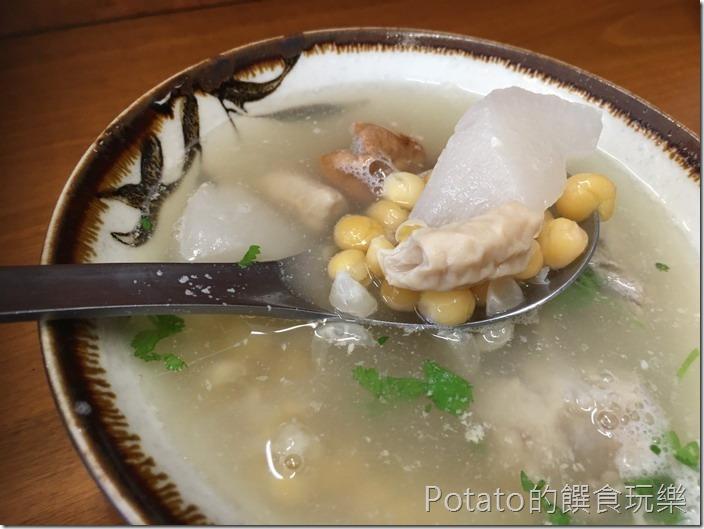 台南【小西腳碗粿】豆仔湯