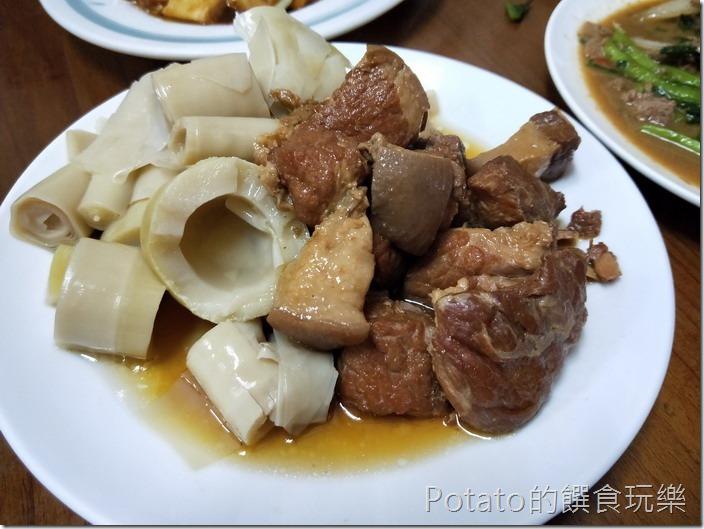 名蘭飯店筍乾滷肉