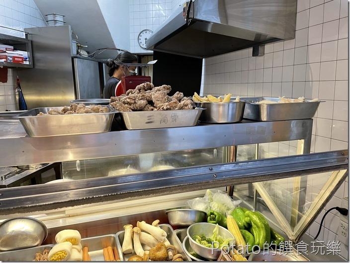 東菜市鹽酥雞7
