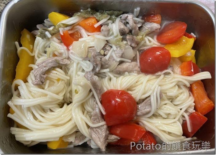 酸白菜彩椒麵1