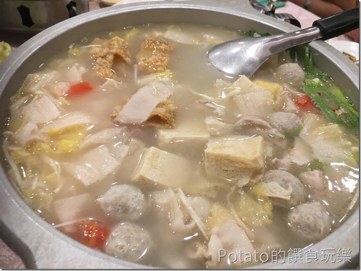 如意樓餐廳酸菜白鍋